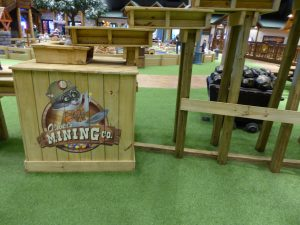 Great Wolf Lodge Colorado Springs gemstone mining
