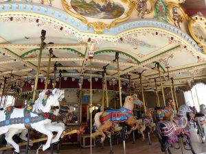 Ultimate Guide to Elitch Gardens Carousel