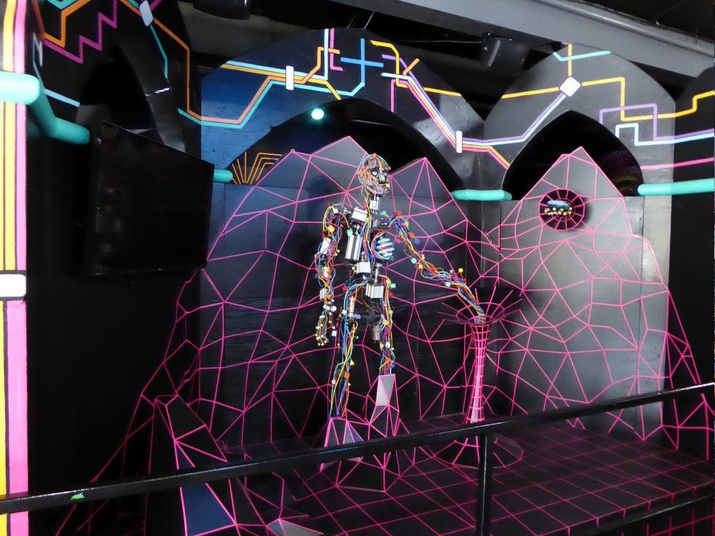 Elitch Gardens Theme Park Kaleidoscape Robot