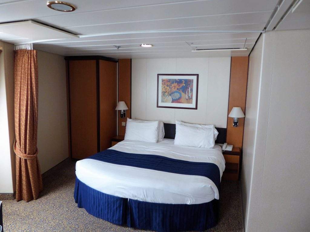 Brilliance of the Seas Master bed