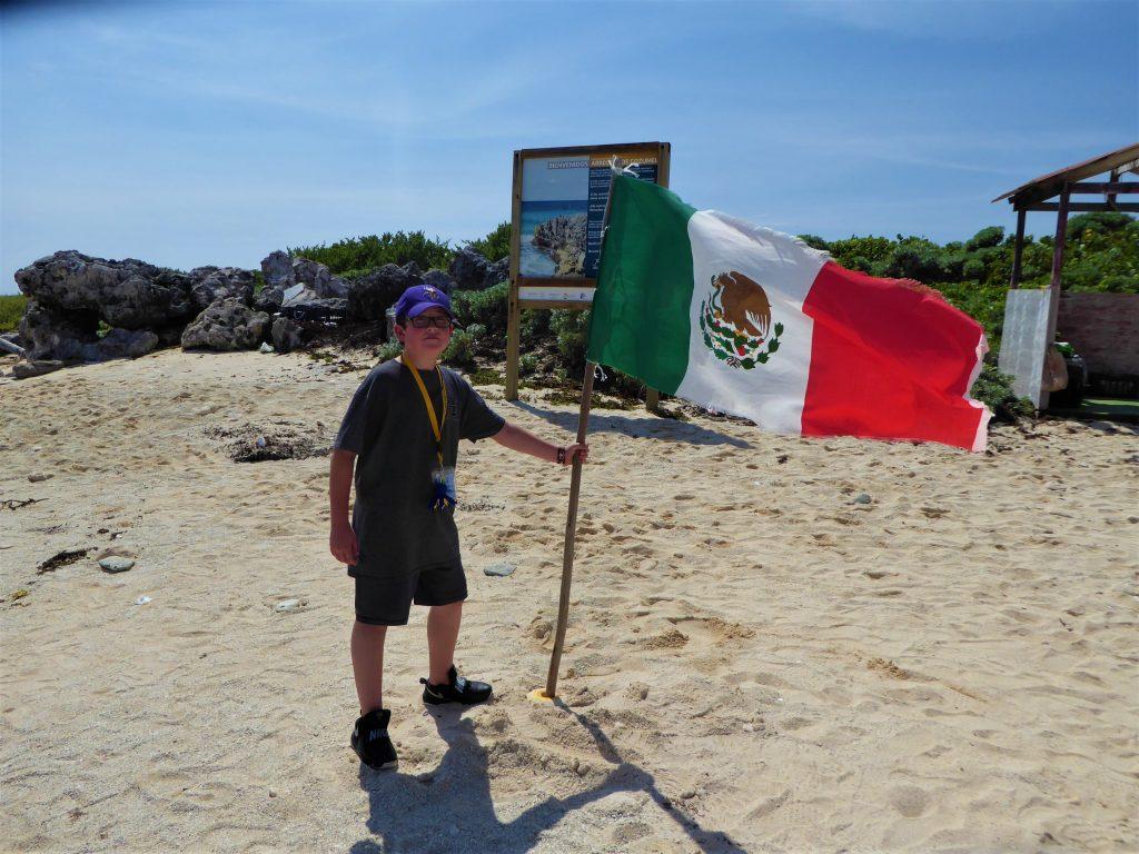 El Mirador Mexican Flag