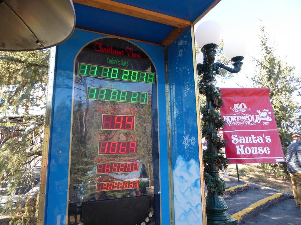 Santa's Workshop North Pole Countdown